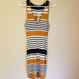 Kendall & Kylie Dress Large